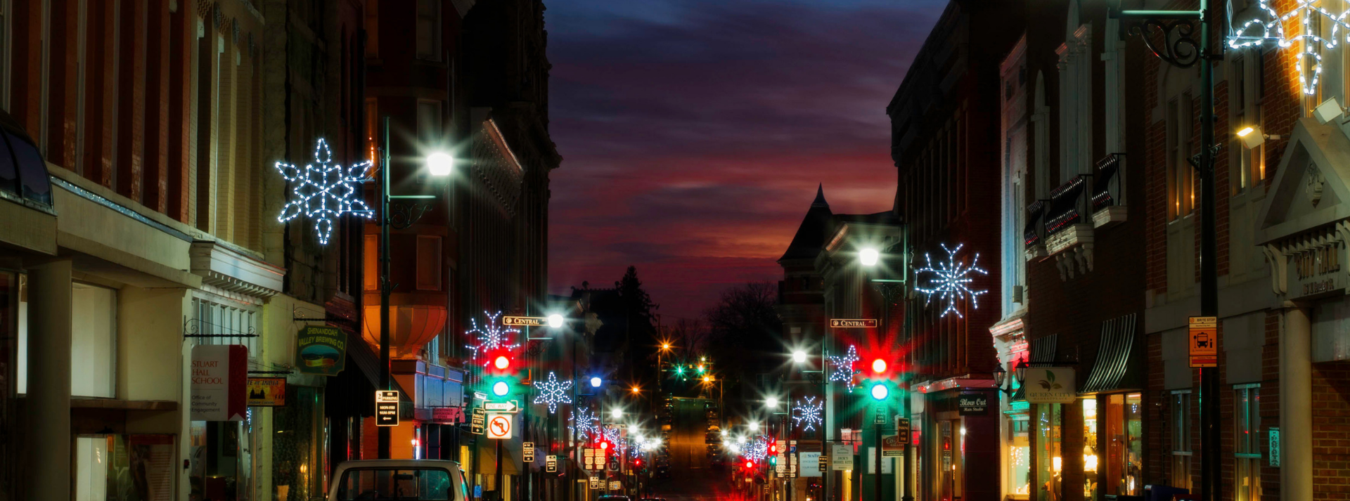 downtown staunton during the holidays